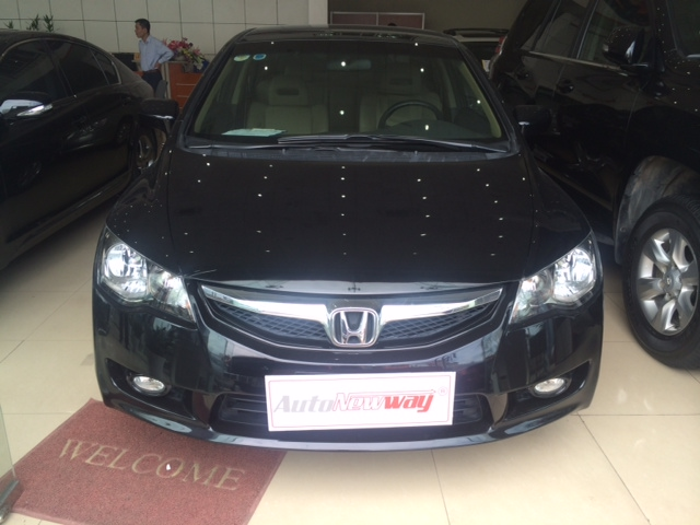 HONDA CIVIC 1.8AT